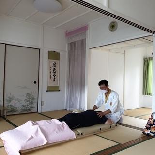 気功師のバディケア(経絡リンパマッサージ)
