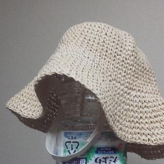 GAP・帽子 (未使用・1~2才前後)