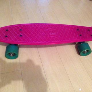 美品 スケートボード ピンク
