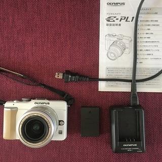 オリンパス ペンライト E-PL1 ホワイト レンズ、レンズフィ...