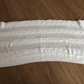 新品 白色ニット羽織り ポンチョ