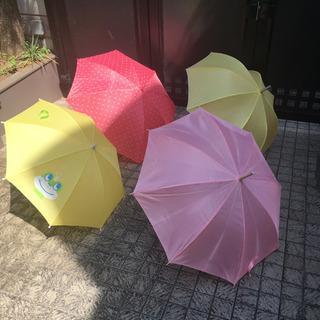 雨傘いろいろ※ピンク水玉1本のみあります。