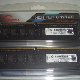 DDR4-2666 8GBx2 メモリー