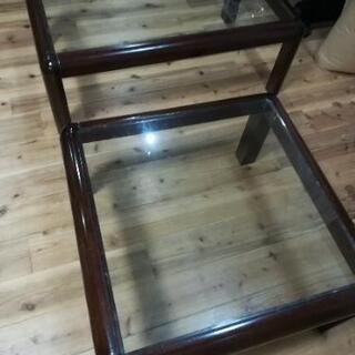ガラステーブル2台
