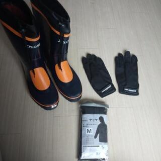 【カインズ】釣りに使えるセット(長靴、ヤッケ、手袋)