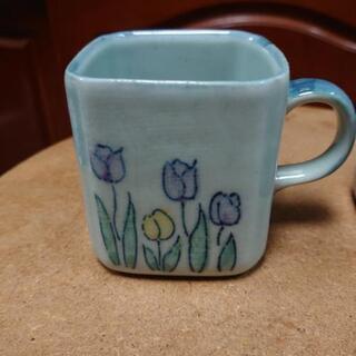 四角いコーヒーカップ(チューリップ柄)2個セット