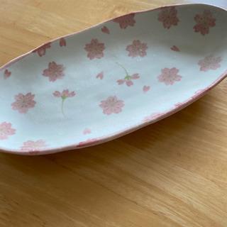お皿 桜柄