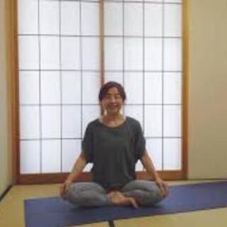 8/10(祝)薬剤師の朝ヨガオンラインクラスのお知らせ