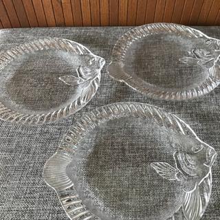 010 ガラス皿 3枚セット 50円