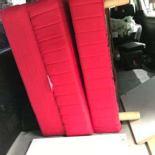 赤色シングルベット脚付き3セット