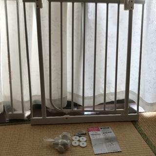 ベビーゲージ 日本育児 73-90cm