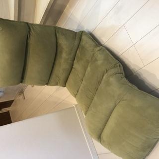 角度自在の座椅子差し上げます