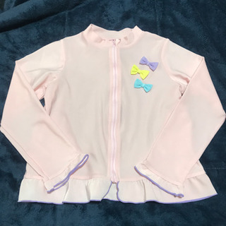 美品★ラッシュガード(ピンク、130)