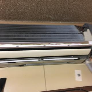 エアコンクリーニング 一台7700円横型エアコン
