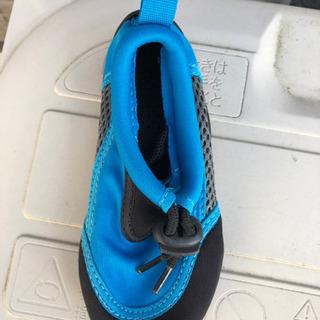 水遊び用の靴 − 愛知県