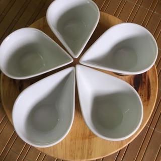 コストコのターンテーブル付き食器