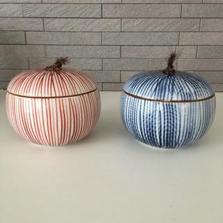 松峰☆陶器の丸い入れ物☆赤青ペア