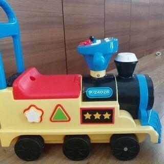 電車おもちゃ音鳴ります♪