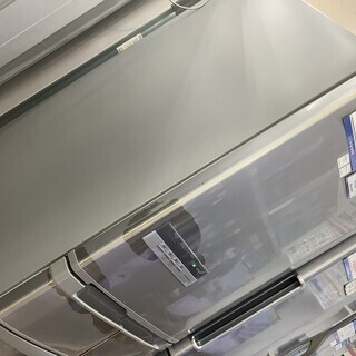 安心の6ヶ月動作保証付! HITACHI(ヒタチ)の5ドア冷蔵庫!