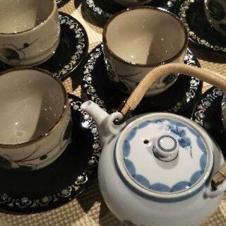 最終値下げ‼️湯飲み茶碗と貝殻モチーフの茶托と小さな急須🍵