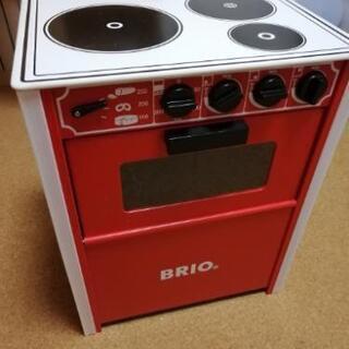 ブリオ製のプレイキッチン レンジ 木製 BRIO