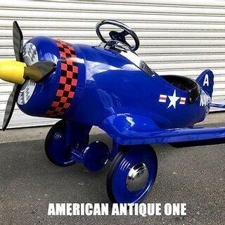 珍しい飛行機型!! なんと新品!! アメリカ海軍飛行機 ライド・...