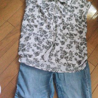 【コーデ売り】花柄シャツと水色デニム