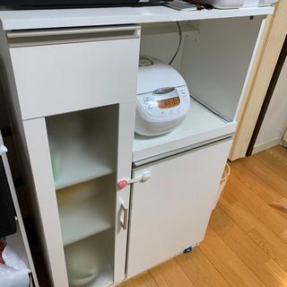 食器棚 ニトリ