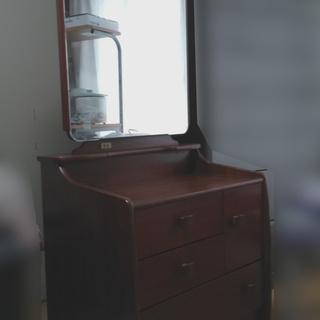 ドレッサー 無料 木製 収納多数 鏡の角度調節可能