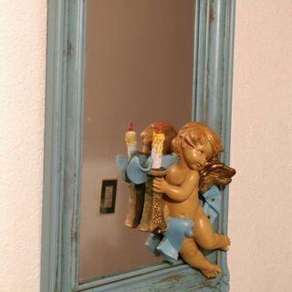 アンティークな鏡。