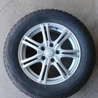 タイヤ 205/65R16 残り溝50%