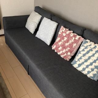 ソファーベッド無料で譲ります。