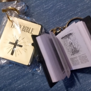 キリスト教 聖書 -未使用新品-