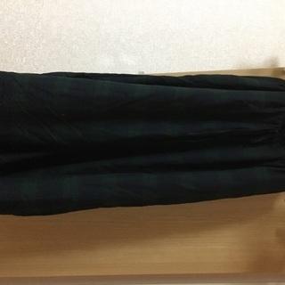 緑×黒 新品ガウチョパンツ Fサイズ(L)