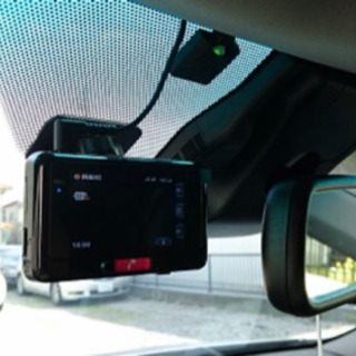 ドライブレコーダー 各種持込品の取付致します。