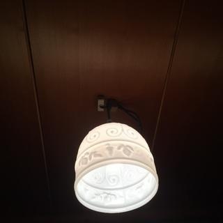 かわいい💕😍アンティークガラス風の照明器具② 激安‼️ミルク色