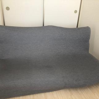ニトリのソファ二つ