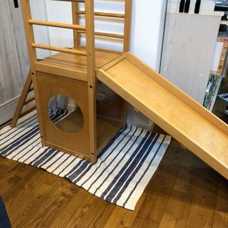 木製 滑り台