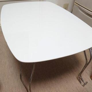 折りたたみテーブル キャル(ニトリ)