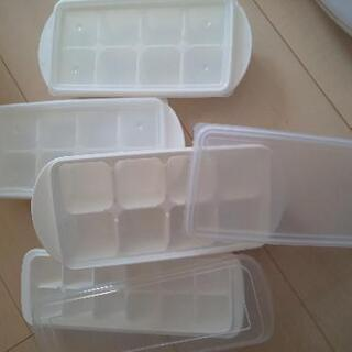 【中古】重ねられる製氷皿+1