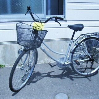 26インチ ママチャリ自転車 OLIVIA  シルバー 苫小牧西店