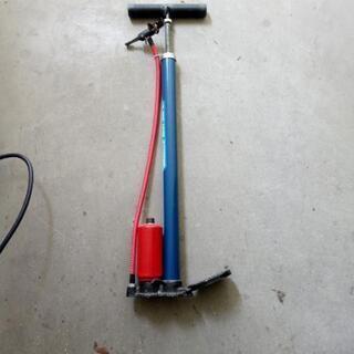 タンク付き自転車用ポンプ