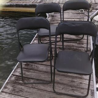 折りたたみ椅子4脚さしあげます
