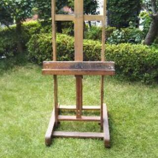 プロ用の木製大型イーゼル