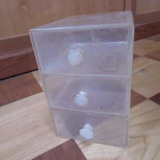 ●無料● プラスチック クリア 三段 引き出し 小物入れ 差し上...