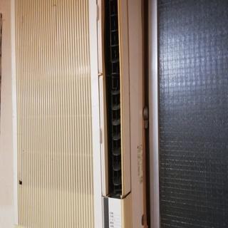 東芝の窓型エアコン