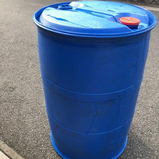 錆ないドラム缶 樹脂ドラム 200リットル 雨水などの貯蔵に最適♬