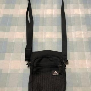 adidasショルダーバッグ