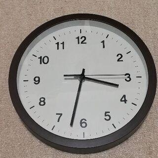 シンプルな掛け時計
