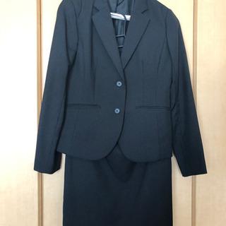 美品 ストライプ レディーススーツ Lサイズ 黒